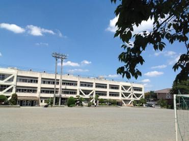あきる野市立西秋留小学校の画像1