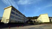 西陵小学校