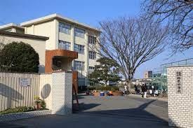 柏原中学校の画像1