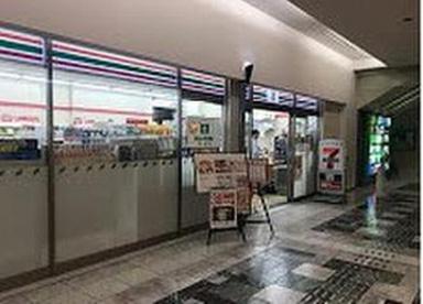 セブン-イレブン AIM大森ベルポート店の画像1