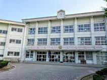 春日北小学校