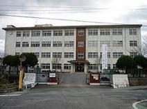 前原南小学校