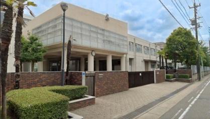 名古屋市立滝ノ水中学校の画像1