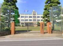 足立区立梅島第一小学校
