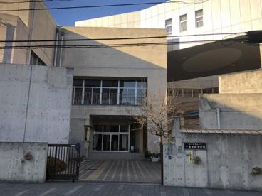 豊島区立千登世橋中学校の画像1