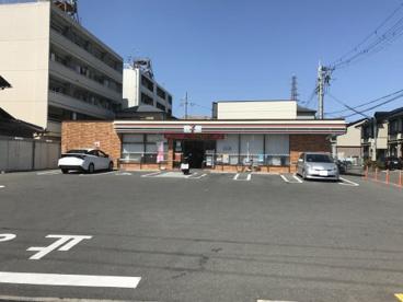 セブン-イレブン 茨木五十鈴町店の画像1