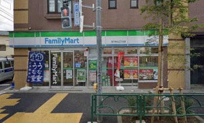 ファミリーマート 高円寺北三丁目店の画像1