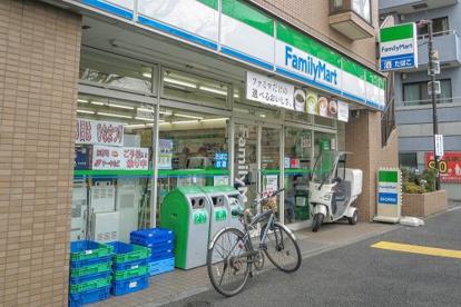 ファミリーマート 杉並成田東五丁目店の画像1