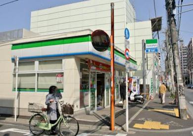 ファミリーマート 中野本町五丁目店の画像1