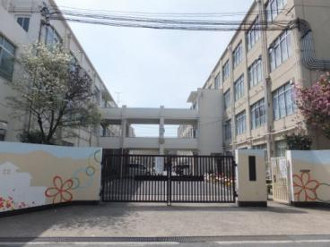 京都市立勧修中学校の画像1
