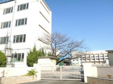 足立区立渕江中学校の画像1