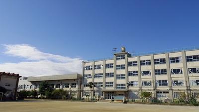 足立区立第十三中学校の画像1