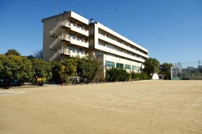 草加市立瀬崎中学校の画像1