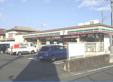 セブン-イレブン 渋川東町店の画像1