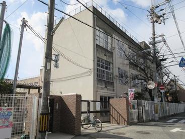 東大阪市立楠根小学校の画像1
