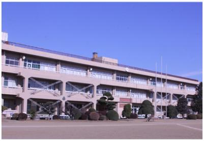 阿見町立朝日中学校の画像1