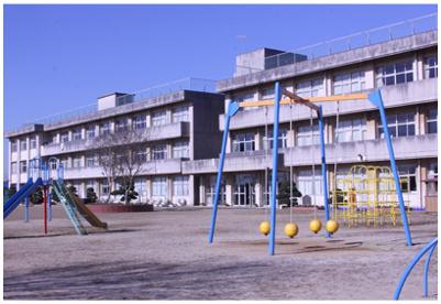 阿見町立阿見第二小学校の画像1