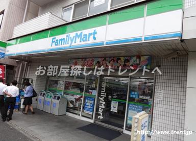 ファミリーマート 曙橋店の画像1