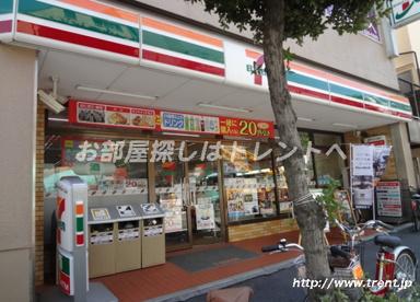 セブンイレブン新宿岩戸町店の画像1