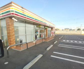 セブン-イレブン 前橋南高校前店の画像1