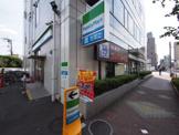 ファミリーマート 大泉学園駅北店