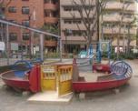 新宿区立花園東公園
