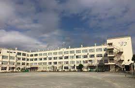 足立区立西新井中学校の画像1