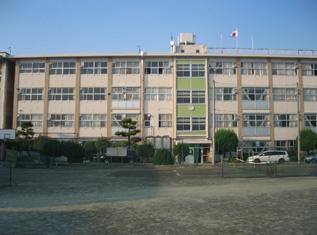 前橋市立東中学校の画像1