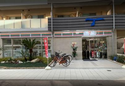 セブン-イレブン 大阪幸町2丁目店の画像1