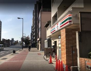 セブンイレブン 大阪幸町3丁目店の画像1
