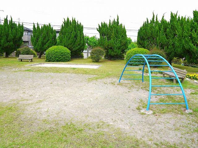 帝塚山四丁目街区公園の画像