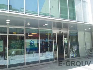 みなと銀行 本山支店の画像1