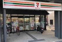 セブンイレブン ハートインJR梅小路京都西駅前店