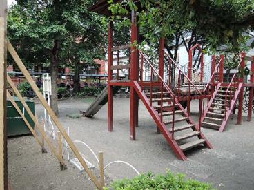 荒川区立 東日暮里六丁目西児童遊園の画像2