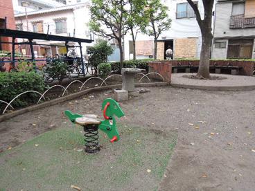 荒川区立 東日暮里六丁目西児童遊園の画像4