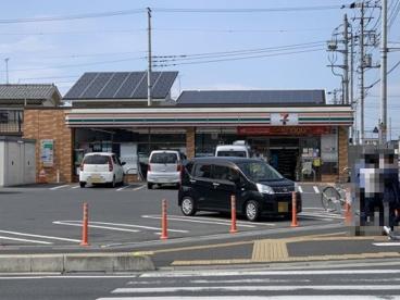 セブンイレブン 高坂駅東口店の画像1