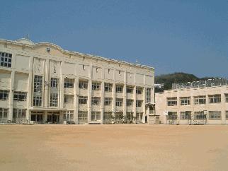 神戸市立 板宿小学校の画像1