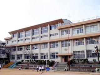 神戸市立 長田小学校の画像1