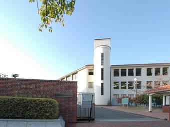 啓明学院高等学校の画像1