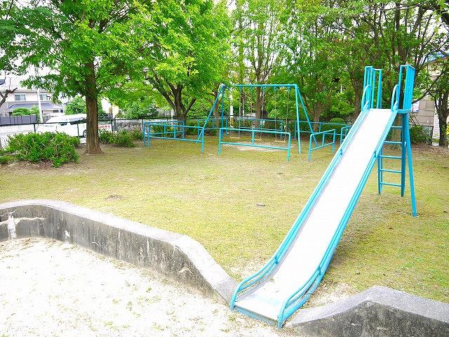 帝塚山二丁目児童公園の画像