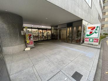 セブンイレブン 西中島七丁目店の画像1
