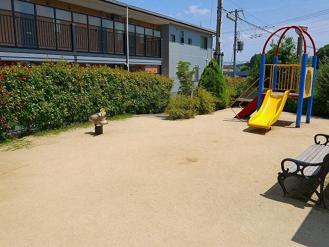 コートブランシュ富雄児童公園の画像