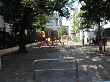 荒川区立 日暮里第一児童遊園の画像4
