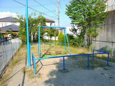 三松二丁目児童公園の画像1