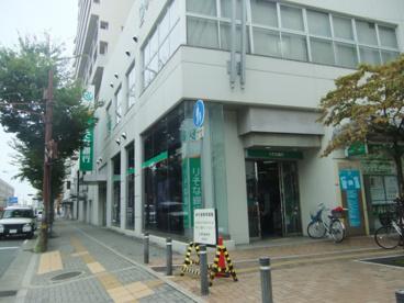 りそな銀行 尼崎北支店の画像1