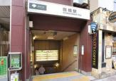 都営新宿線、曙橋駅