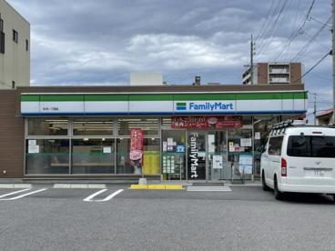 ファミリーマート 杉村一丁目店の画像1