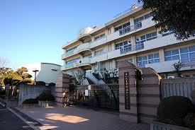 さいたま市立浦和大里小学校の画像