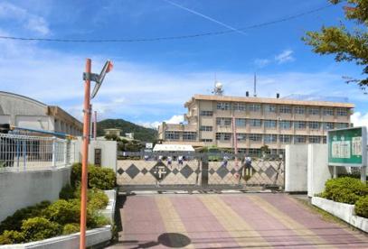 鹿児島市立平川小学校の画像1