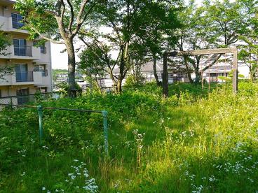UR都市機構富雄住宅公園の画像3